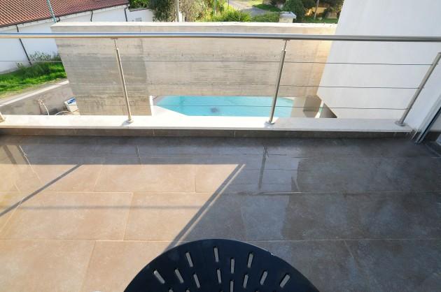 _DSC7004 terrazza scorcio piscina